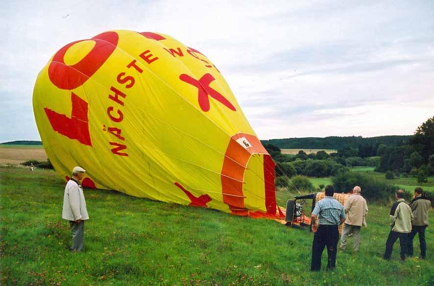 Heißluftballonlandung